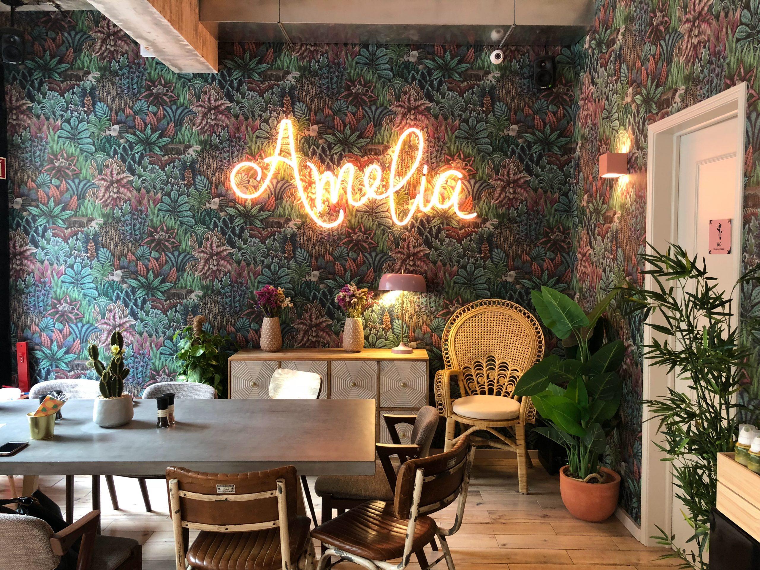 Les néons comme décoration :