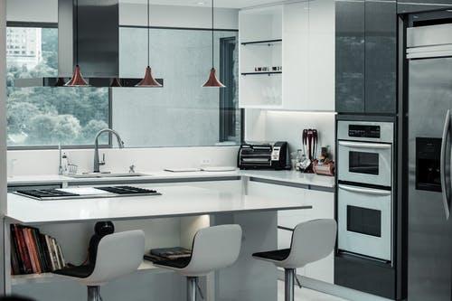 Comment donner un coup de jeune à votre cuisine sans casser votre tirelire?